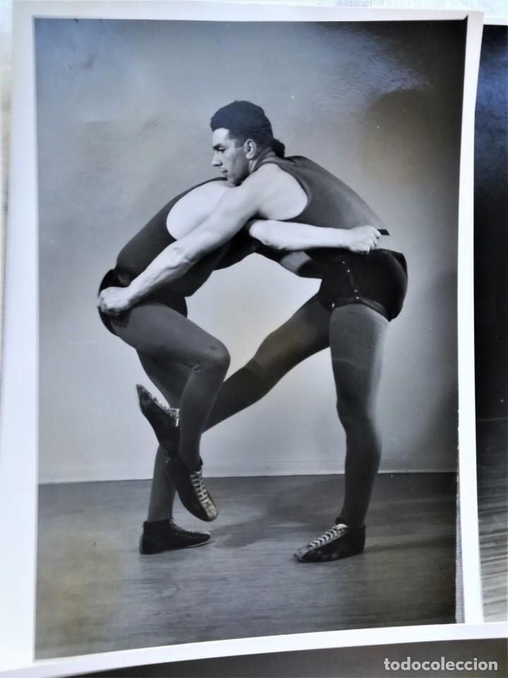 Coleccionismo deportivo: 8 FOTOGRAFIAS DEPORTE LUCHA LIBRE VIKINGO DE ISLANDIA,AÑOS 50,SIMILAR A LA CANARIA Y GRECO ROMANA - Foto 3 - 174414599