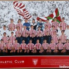 Coleccionismo deportivo: TARJETÓN OFICIAL DEL ATHLETIC CLUB DE BILBAO CON LA ALINEACIÓN DE LA TEMPORADA 2004/2005 - ORIGINAL. Lote 183034910