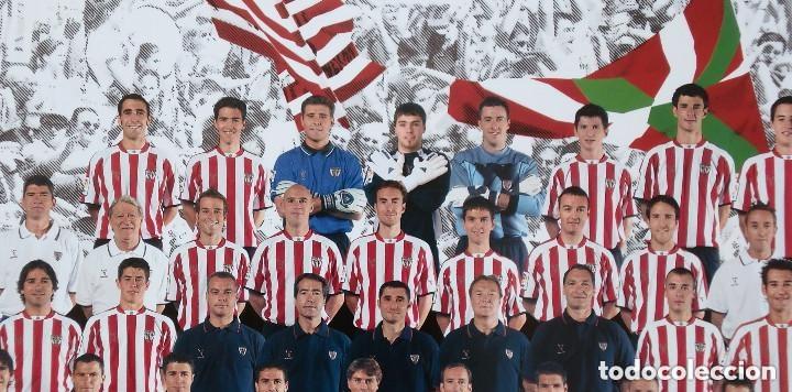 Coleccionismo deportivo: Tarjetón oficial del ATHLETIC CLUB de BILBAO con la alineación de la temporada 2004/2005 - original - Foto 2 - 183034910