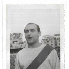 Coleccionismo deportivo: ANTIGUA FOTOGRAFIA. J.LUIS LAVIADA. FOTO GIL DEL ESPINAR. MADRID. 12 X 8.5CM. Lote 175566513