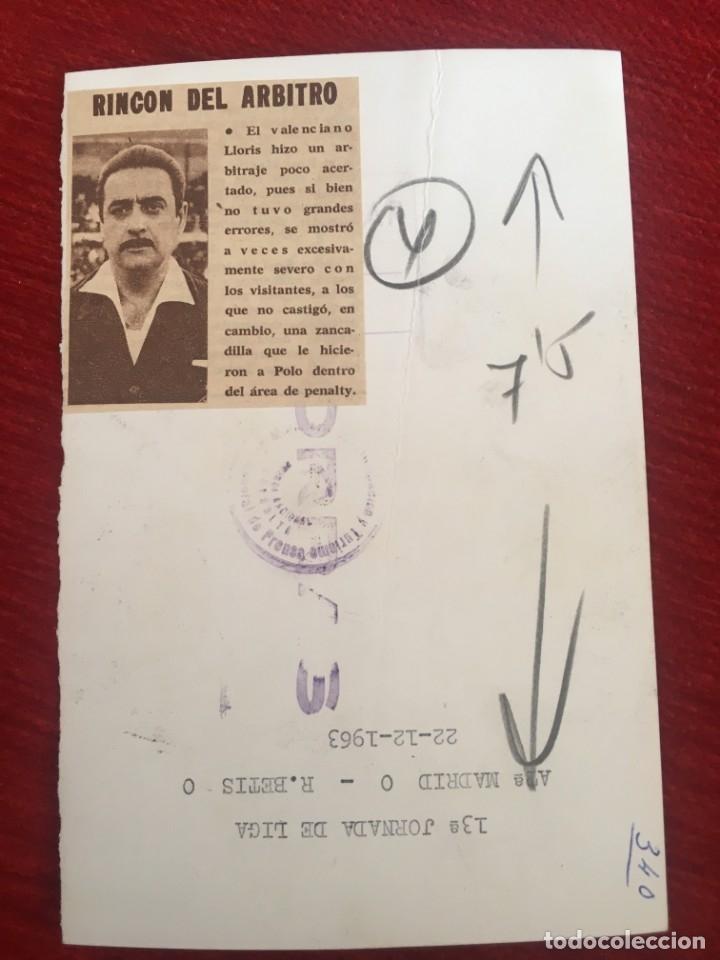 Coleccionismo deportivo: R6809 ORIGINAL FOTO FOTOGRAFIA DE PRENSA ARBITRO FUTBOL VICENTE LLORIS ANTONINO 1963 - Foto 2 - 177211603