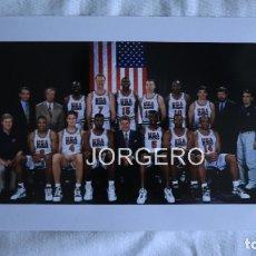 Coleccionismo deportivo: SELECCIÓN USA OLÍMPICA DE BALONCESTO EN JJ.OO. BARCELONA 1992. FOTO. Lote 179083880