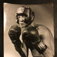 Coleccionismo deportivo: BOXEO.FOTO DEL BOXEADOR CHARLI BEN.FOTO ALFREDO BARCELONA. Lote 183747666
