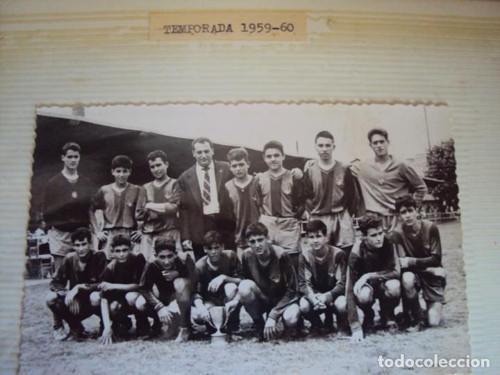 Coleccionismo deportivo: (F-191190)LOTE DE 79 FOTOGRAFIAS CATEGORIAS INFERIORES C.F.BARCELONA - 1956-57 A 1976-77 - Foto 9 - 183922591