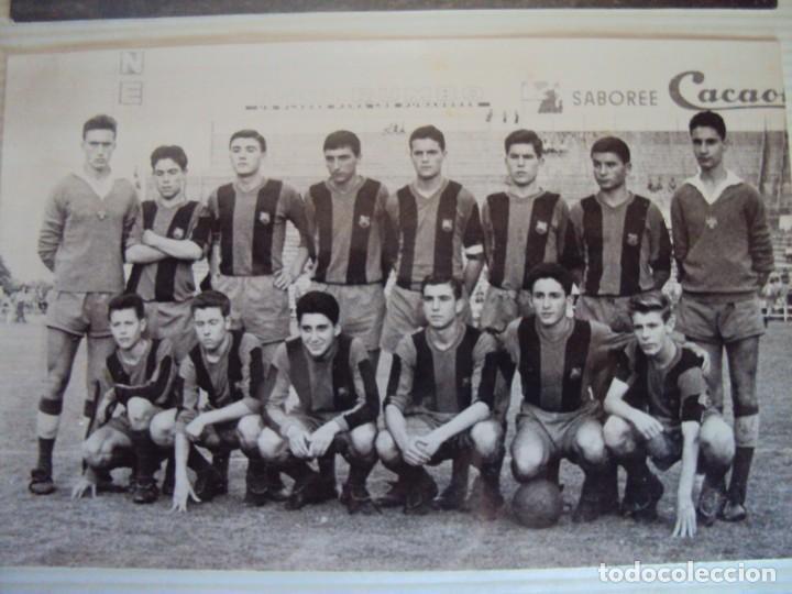 Coleccionismo deportivo: (F-191190)LOTE DE 79 FOTOGRAFIAS CATEGORIAS INFERIORES C.F.BARCELONA - 1956-57 A 1976-77 - Foto 13 - 183922591