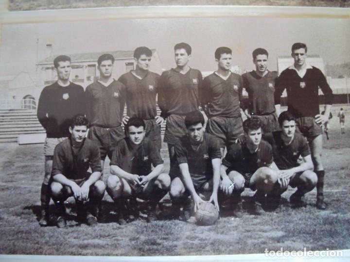 Coleccionismo deportivo: (F-191190)LOTE DE 79 FOTOGRAFIAS CATEGORIAS INFERIORES C.F.BARCELONA - 1956-57 A 1976-77 - Foto 19 - 183922591