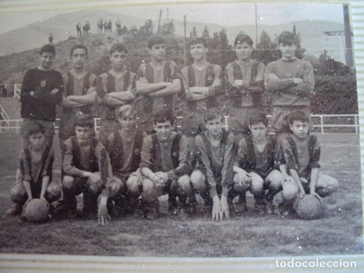 Coleccionismo deportivo: (F-191190)LOTE DE 79 FOTOGRAFIAS CATEGORIAS INFERIORES C.F.BARCELONA - 1956-57 A 1976-77 - Foto 36 - 183922591