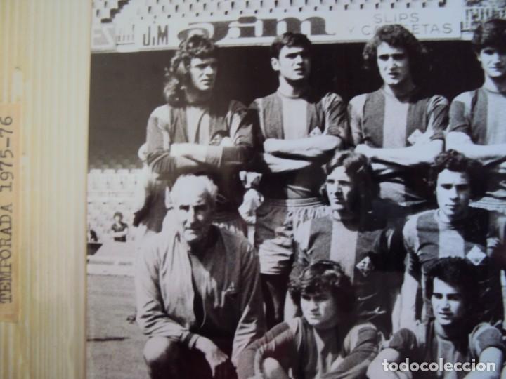 Coleccionismo deportivo: (F-191190)LOTE DE 79 FOTOGRAFIAS CATEGORIAS INFERIORES C.F.BARCELONA - 1956-57 A 1976-77 - Foto 67 - 183922591