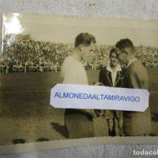 Coleccionismo deportivo: DEPORTIVO CORUÑA FOTO DEDICADA POR PEÑA DEPORTIVISTA ORENSE, BANDERIN CONMEMORATIVO ASCENSO A 1ª + . Lote 184038166