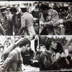 Coleccionismo deportivo: FOTOS DE EXPULSIÓN DE CRUYFF 1975. Lote 188652987