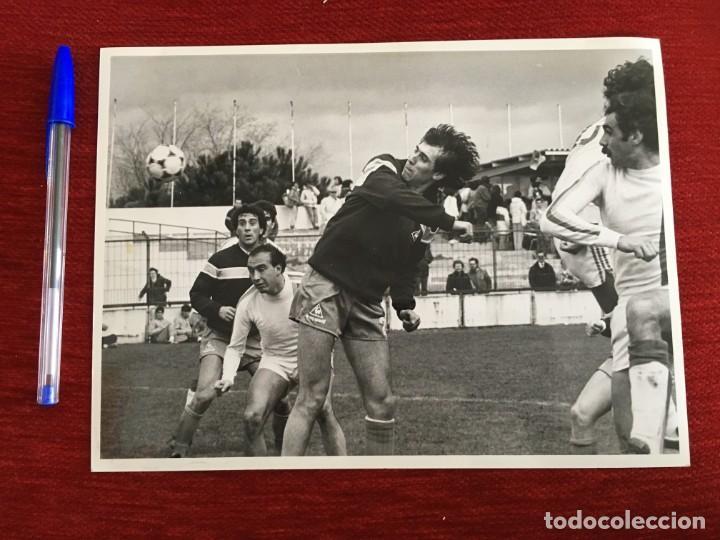 F1821 FOTO FOTOGRAFIA ORIGINAL DE PRENSA ATHLETIC BILBAO SARABIA (29-3-1984) (Coleccionismo Deportivo - Documentos - Fotografías de Deportes)
