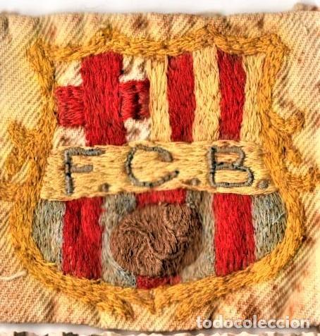 Coleccionismo deportivo: FUTBOL CLUB BARCELONA,BARÇA,FOTOGRAFIA Y ESCUDO ORIGINAL,PRIMER EQUIPO DE HOCKEY FEMENINO AÑOS 30 - Foto 2 - 194069231