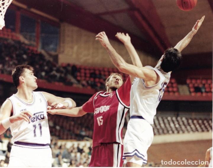 REAL MADRID BALONCESTO ( BASKET ): GRAN FOTO DE SABONIS. 1993 (Coleccionismo Deportivo - Documentos - Fotografías de Deportes)