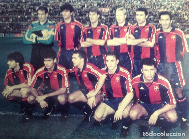 Coleccionismo deportivo: ANTIGUA FOTO FÚTBOL CLUB FC BARCELONA F.C BARCA, CON SU CUADRO. - Foto 5 - 194229662