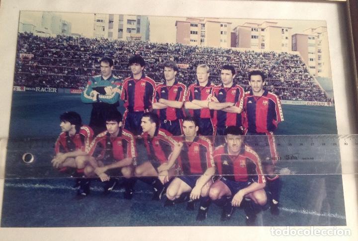 Coleccionismo deportivo: ANTIGUA FOTO FÚTBOL CLUB FC BARCELONA F.C BARCA, CON SU CUADRO. - Foto 12 - 194229662