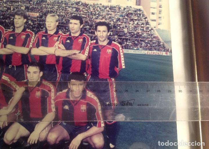 Coleccionismo deportivo: ANTIGUA FOTO FÚTBOL CLUB FC BARCELONA F.C BARCA, CON SU CUADRO. - Foto 13 - 194229662