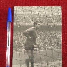 Collectionnisme sportif: R8025 FOTO FOTOGRAFIA ORIGINAL DE PRENSA RICARDO ZAMORA DE GRASSA REAL MADRID VALENCIA. Lote 194579421