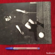 Coleccionismo deportivo: F3494 FOTO FOTOGRAFIA ORIGINAL DE PRENSA GALLEGO BARCELONA. Lote 194968890