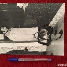 Coleccionismo deportivo: F3496 FOTO FOTOGRAFIA ORIGINAL DE PRENSA GALLEGO BARCELONA (18-10-1973). Lote 194968963