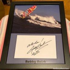 Coleccionismo deportivo: FOTO FIRMADA ROBBY NAISH ENMARCADA. Lote 194972453