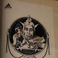 Coleccionismo deportivo: PUBLICIDAD DE REVISTA DE ADIDAS, CON EL JOKER DE LAS CARTAS. ORIGINAL 1999. TAMAÑO FOLIO. ENMARCABLE. Lote 195042483