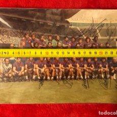 Coleccionismo deportivo: CF BARCELONA FOTO AUTOGRAFIADA ORIGINAL. Lote 195874692