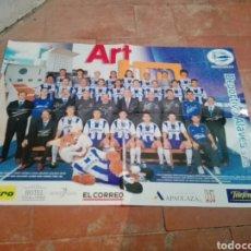 Coleccionismo deportivo: POSTER PLANTILLA DEL DEPORTIVO ALAVÉS TEMPORADA 2002/2003. Lote 199268573