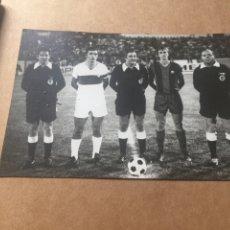 Coleccionismo deportivo: CRUYFF FC BARCELONA LLOMPART ELCHE CF 6-9-1975 ALTABIX. Lote 202526290