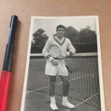 Coleccionismo deportivo: K. ROSEWALL FOTO WIMBLEDON AÑOS 50. Lote 202737455