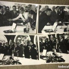 Coleccionismo deportivo: ANTIGUAS FOTOGRAFÍAS ENTREGA MEDALLA AL MÉRITO FUTBOLÍSTICO AMATEUR AÑOS 60. Lote 205783875