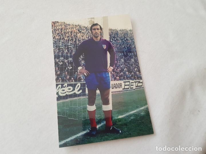 FOTOGRAFÍA AÑOS 70 DEL PORTERO RODRI (ATLÉTICO DE MADRID) 10X15 (Coleccionismo Deportivo - Documentos - Fotografías de Deportes)