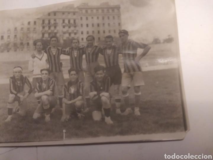 Coleccionismo deportivo: EQUIPO DEL COLEGIO DE LA INMACULADA DE ARENEROS - Foto 3 - 210609487