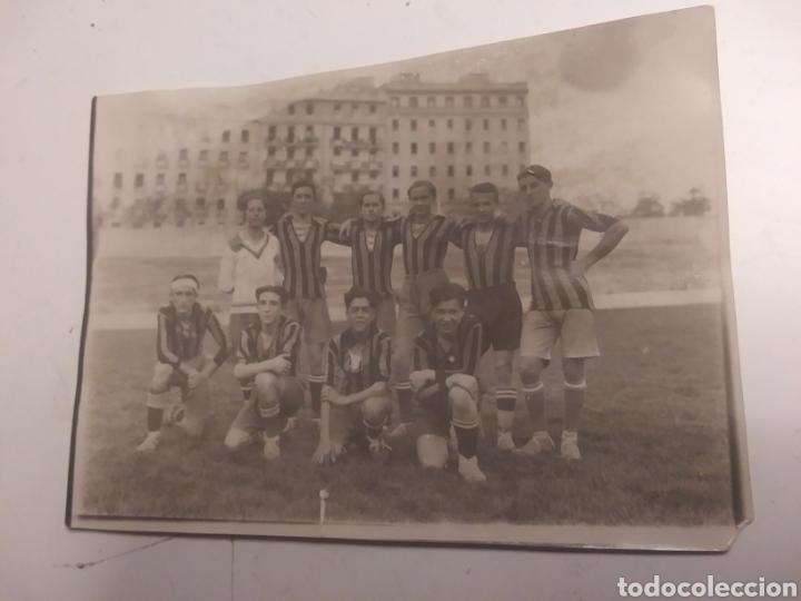 Coleccionismo deportivo: EQUIPO DEL COLEGIO DE LA INMACULADA DE ARENEROS - Foto 4 - 210609487