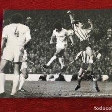 Coleccionismo deportivo: F8599 FOTO FOTOGRAFIA ORIGINAL DE PRENSA REAL MADRID ATLETICO MADRID. Lote 210694877