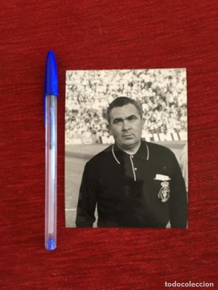 R9834 FOTO FOTOGRAFIA ORIGINAL DE PRENSA ARBITRO COLEGIADO ÁNGEL MARÍA DE ANDRÉS BARRAGÁN (Coleccionismo Deportivo - Documentos - Fotografías de Deportes)