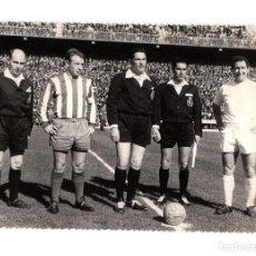 Coleccionismo deportivo: REAL MADRID. MÁLAGA CLUB DE FÚTBOL. PACO GENTO. 18X12.. Lote 215664281