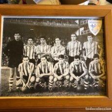 Coleccionismo deportivo: MAGNIFICA FOTOGRAFÍA DEL ATHLETIC CLUB DE BILBAO, AÑOS 60, FIRMADA. Lote 217426913