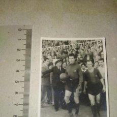 Coleccionismo deportivo: FOTOGRAFIA ORIGINAL F.C. BARCELONA VELASCO CESAR AÑOS 40. Lote 217549063