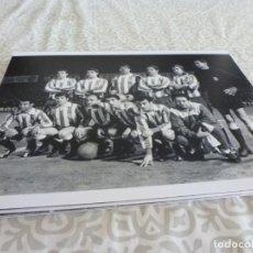 Coleccionismo deportivo: FOTO MATE (15 X 20) COPA DE FERIAS EN SARRIÁ TEMP.65-66 ESPAÑOL 0 F.C.BARCELONA 1. Lote 218229476