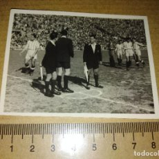 Coleccionismo deportivo: FOTOGRAFIA JUGADORES GRANADA C.F COPA DEL GENERALISIMO 1949. Lote 218497160