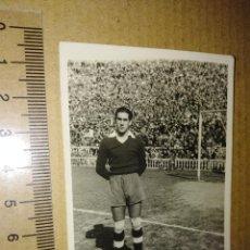 Coleccionismo deportivo: FOTOGRAFIA CANDI PORTERO DEL GRANADA C.F COPA DEL GENERALISIMO 1949. Lote 218497925