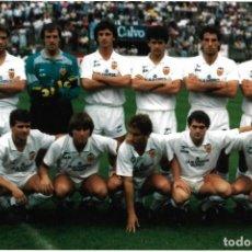 Collezionismo sportivo: VALENCIA CF: FOTOGRAFÍA DE UN EQUIPO DE ALREDEDOR DE 1990. Lote 218936615