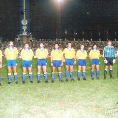 Coleccionismo deportivo: FOTOGRAFÍA ORIGINAL CÁDIZ CF TROFEO CARRANZA 1990. Lote 221657777