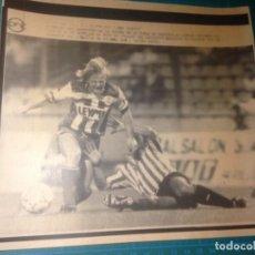 Coleccionismo deportivo: DEPORTIVO CORUÑA -ATHLETIC BILBAO-23-8-91 FOTO TELETIPO EFE - XXXVII TROFEO HEMMA CUERVO. Lote 224028393