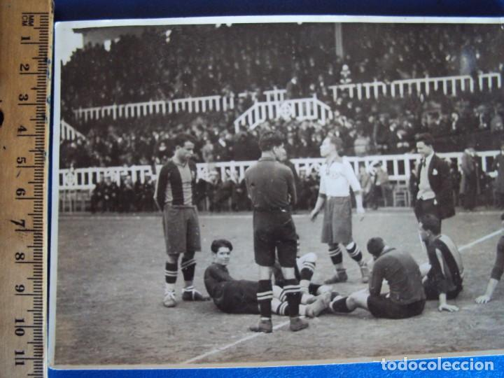 Coleccionismo deportivo: (VP-47)FOTOGRAFIA F.C.BARCELONA-C.D.EUROPA AÑOS 20,SAMITIER-ARCHIVO VICENÇ PIERA - Foto 3 - 225007155