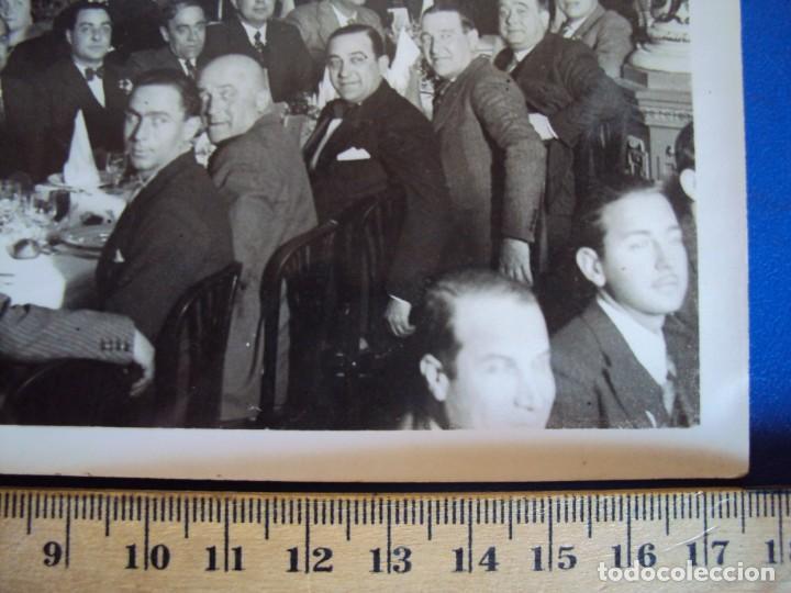 Coleccionismo deportivo: (VP-61)FOTOGRAFIA DE PIERA F.C.BARCELONA ENTREGA MEDALLA AL MERITO 1931-ARCHIVO VICENÇ PIERA - Foto 2 - 225013512