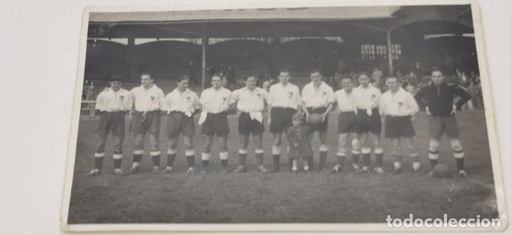EQUIPO FUTBOL DE MADRID PRINCIPIOS AÑOS 1950 (Coleccionismo Deportivo - Documentos - Fotografías de Deportes)