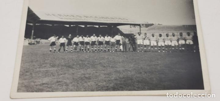 FOTO EQUIPO DE FUTBOL MADRILEÑO AÑOS 40 (Coleccionismo Deportivo - Documentos - Fotografías de Deportes)
