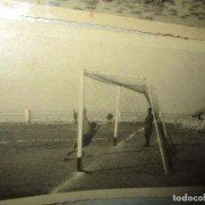 Coleccionismo deportivo: FOTO PARTIDO FUTBOL EQUIPOS CEUTA TRANSMISIONES DE JULIO 1941 VOLUNTARIOS DIVISION AZUL Y SANDEO. Lote 226931895