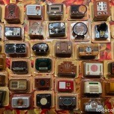 Coleccionismo deportivo: 37 RADIOS MINIATURA EN BLISTER ORIGINAL. Lote 233606055